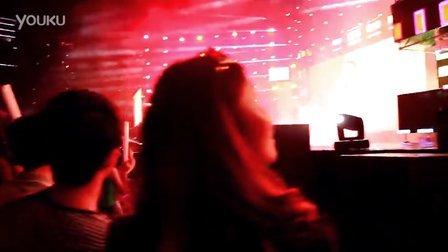 林峰2013红馆演唱会_2013亚洲巨星湛江演唱会凤凰传奇视频 _网络排行榜