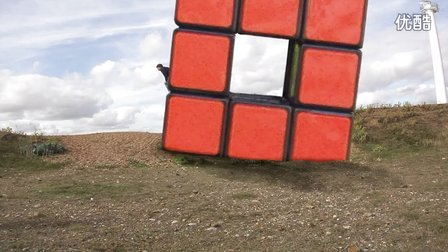 Tony Fisher does Parkour - Rubik's Cube style 托尼·费舍尔