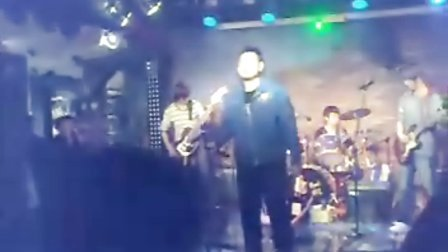 freedom乐队 酒吧震灾演出