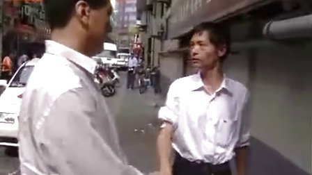 上海:一男子刺伤的哥劫持女服务员