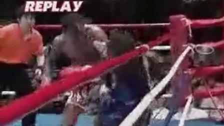 【侯韧杰  Muay Thai    精华篇】之 何为扫踢,观此视频!