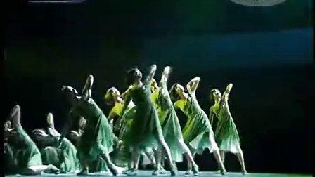 舞蹈《青春河》表演:苏娜 等 请祖国检阅晚会