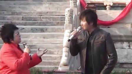 韩红携孙楠太庙门前 狂飚《神话》