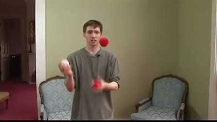 Juggling 5 Balls  Three-Up Clap-XL7zDjOoh9A