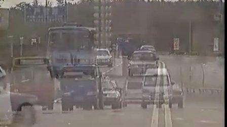 新版机动车道路交通规则
