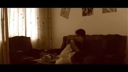 致敬王家卫作品—情感寓言《两个人的房间》