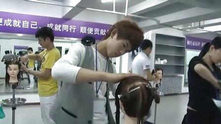 名姿国际发型师培训机构(哈尔滨校区)
