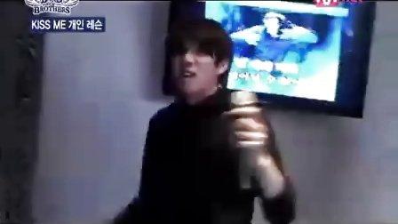SJ金希澈模仿东方神起