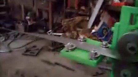 宝钢钢带打包扣自动生产机