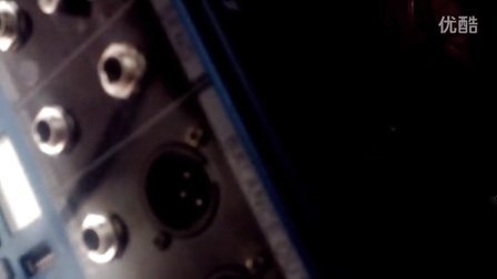 雅玛哈 USB-8D 8路带功放调音台一体机