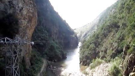 秋游龙涧里---大余小三峡