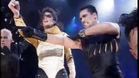 迈克尔杰克逊15万人演唱会01