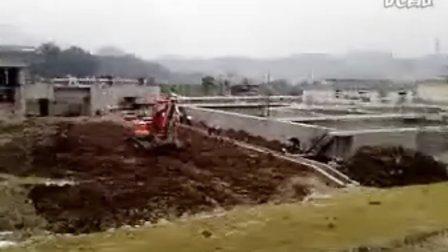 我喜欢的挖土机。