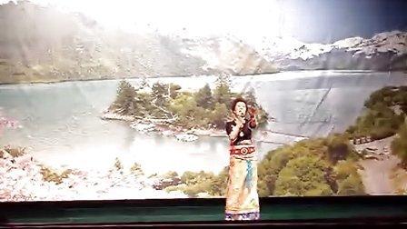 藏族姑娘唱的一首红遍内地的歌——为你等待