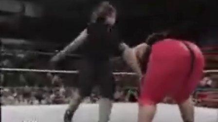 WWE 送葬者血战日本相扑手