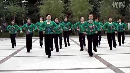 黑龙江省佳木斯市多多集团广场舞队 兔子舞