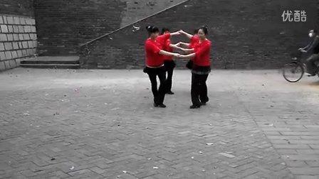 这条街双人对跳广场舞原创...
