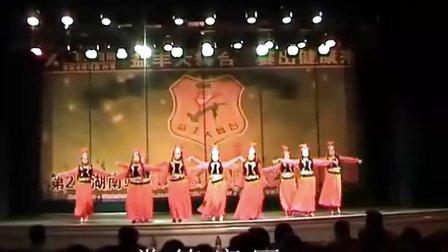 吉美广场舞 -快乐的跳吧 (西域风情)