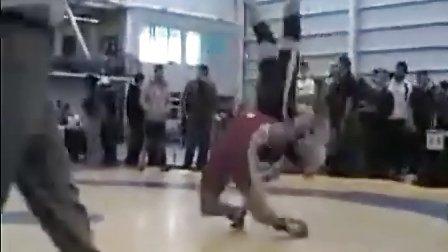 【侯韧杰  MMA   精华篇】之变态过桥摔!
