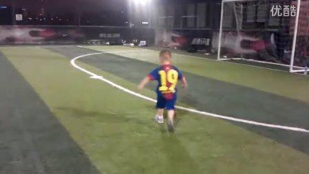 VIDEO0254梅西进球了-巴萨儿童队