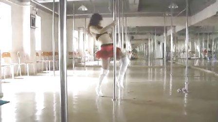 钢管舞培训钢管舞培训班钢管舞学校深圳哪里有学钢管舞
