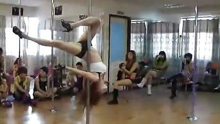美女钢管舞I