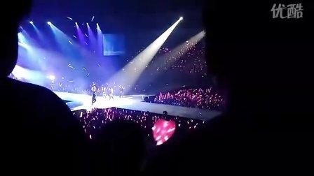 101016 饭拍少时亚洲一巡台湾演唱会 Yuri-1, 2 Step(Tiffany Rap)