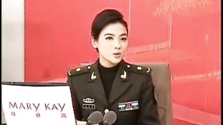 二炮副团长陈思思做客新华网畅谈10年军旅情
