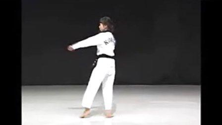 【侯韧杰 TKD 教学篇】之 太极品势二章
