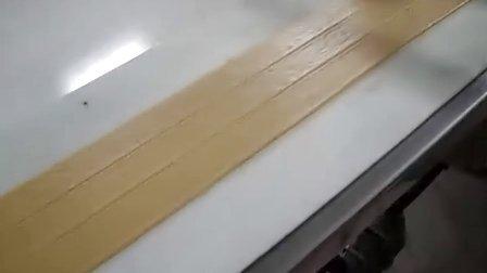 鸿鑫机械-软面包生产线,面包机,面包生产线,食品机械,面包成形机