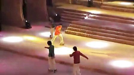 TNT队员舞台表演