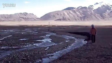 新藏公路(219国道)死人沟过河留念