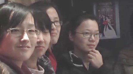 2010年12月21日,济南,城南往事求婚现场。8年恋情真情表白。