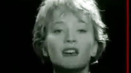 草蜢半点心原曲法国香颂的代表人物Patricia Kaas