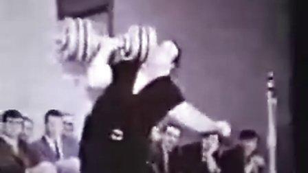 大力太阳神—保罗.安德森单臂哑铃推举300磅