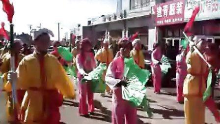 内蒙古卓资县旗下营镇元宵秧歌表演
