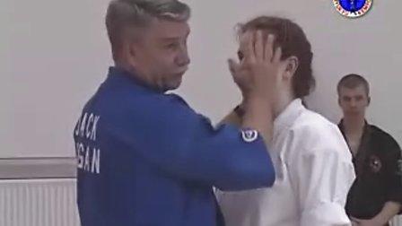 急所术( kyusho jitsu)讲授穴位攻击技巧 2