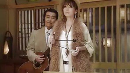 2010年10月01日 滨崎步出演最新广告之「流しのAyu」篇