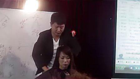 2010年11月蒋政老师色彩风暴课程6 蒋政染发调配方法和多段发色