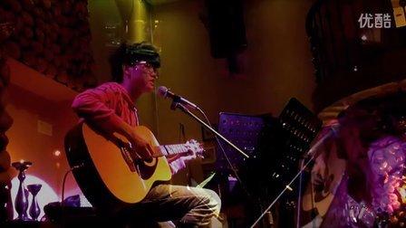 郑冰冰现场吉他弹唱 JZYN 夜空中最亮的星(卓兰塔)