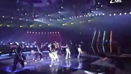 韩国元祖偶像组合:Baby V.O.X-背叛 (经典黑衣白裤SBS现场版)