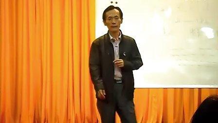 王一枫示范教合唱指挥:各种拍子的打法