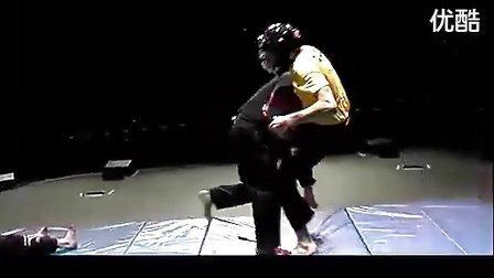 【巨人健身】只打要害!2010 USMAF上的超狠以色列格斗术表演_标清