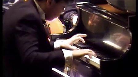 黎卓宇演奏莫扎特第21号钢琴协奏曲