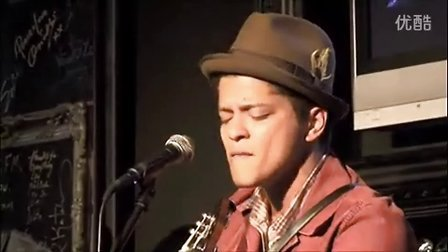 Bruno Mars - Just The Way You Are 现场版