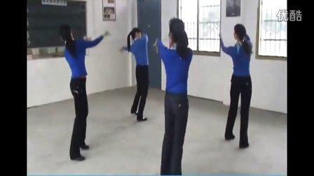 广场舞教学 逛新城