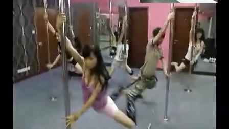 HL上海钢管舞培训C2