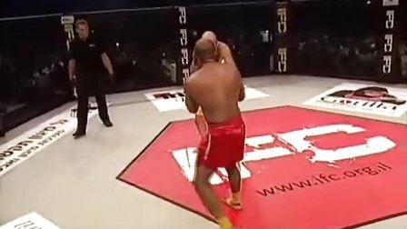 以色列 MMA 笼斗