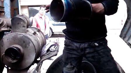 装入柴油发动机缸套,最牛逼,最暴力的装法,