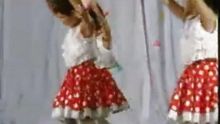幼儿园优秀舞蹈与趣味团体操七色光之歌